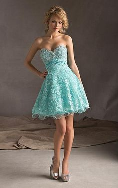 Favodresses.com is a professional women's dresses online shop,where you can find your favourite Lace Sweetheart Short A-line Dress.