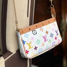 Custom Replacement Straps & Handles for Louis Vuitton (LV) Handbags/Purses/Bags - purses/bags - Accessories Toms Shoes Outlet, Louis Vuitton Handbags, Purses And Handbags, Chanel Handbags, Tod Bag, Zapatos Louis Vuitton, Lv Pochette, Leather Weaving, Leather Chain
