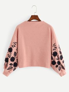To find out about the Drop Shoulder Embroidery Crop Pullover at SHEIN, part of our latest Sweatshirts ready to shop online today! Crop Pullover, Jackett, Teen Fashion Outfits, Cute Casual Outfits, Sweat Shirt, Clothes For Women, Bishop Sleeve, Pastel Pink, Pastel Style