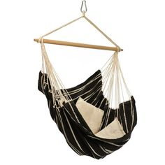 You'll forget all about the hustle of everyday life while sitting in this hanging chair. Spacious and comfortable, the Brazil Hammock chair adapts beautifully indoors as well as out. Pairs perfectly with the Luna stand.