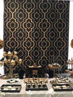 Moroccan Theme Backdrop | Eid Decoration Ideas | Ramadan Kareem | Ramadan Mubarak | Eid Mubarak | Iftar Party Table Setting | Iftar Ideas | DIY | Dining | Entertaining | Festival | Ramzan | Eid Printables | Repinned by @purplevelvetpro | www.purplevelvetproject.com |