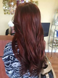 44 Ideas hair color mahogany brown beautiful Haircolor Id like to try Mahogany Hair, Mahogany Brown, Red Brunette Hair, Red Brown Hair, Brown Auburn Hair, Dye My Hair, Red Hair Color, Fall Hair, Hair Day