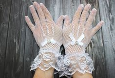 Hey, I found this really awesome Etsy listing at https://www.etsy.com/ru/listing/237636219/embroidered-net-white-wedding-gloves