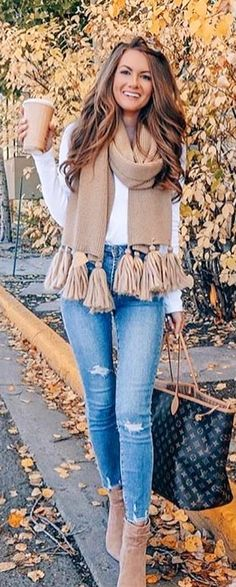 Popular Fall Outfits To Wear Now Winter Fashion Outfits, Casual Fall Outfits, Fall Winter Outfits, Classy Outfits, Chic Outfits, Autumn Fashion, Scarf Outfits, Fashion Weeks, Perfect Fall Outfit