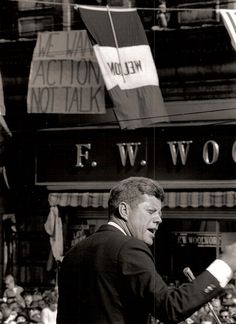 John F. Kennedy Photo History: The President: 1962 Campaign Swing