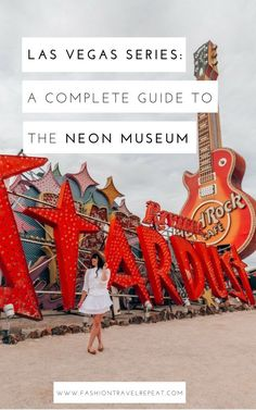 A complete guide to visiting the Neon Museum in Las Vegas. The Neon Boneyard is not to be missed when you are exploring Las Vegas off the strip! Las Vegas Sign, Visit Las Vegas, Las Vegas Trip, Las Vegas Hotels, Museums In Las Vegas, Las Vegas Attractions, Hawaii Travel, Travel Usa, Italy Travel