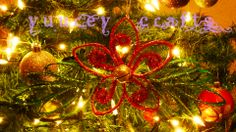 DIY | Christmas Ornament / Adornos Navideños | Christmas Flower / Noche Buena | Paper Tube / Tubos de Papel | Recycle / Reciclaje  https://www.facebook.com/YuureYCrafts
