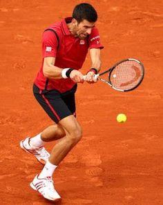 Blog Esportivo do Suíço: Djokovic se irrita com erros mas vence e se garante na terceira rodada de Roland Garros