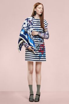 Short-sleeved white dress with nautical stripes in Desigual's style and a very colorful watercolor print.