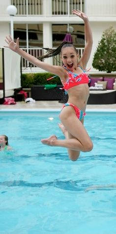Maddie Ziegler relaxed at the pool before Nationals [2014]