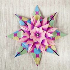 Origami star Folded by Majomajo