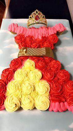 Princess Elena of Avalor cupcake cake