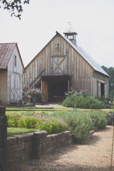 A Farm Wedding * https://www.stylemepretty.com/2013/02/20/alabama-farm-wedding-from-anna-pociask-photography/amp/