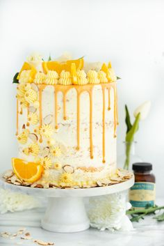 Vanilla Orange Almond Cake #cake #almondcake #orange #vanilla #baking #ganache | thesugarcoatedcottage.com