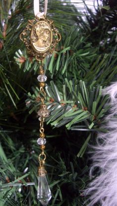 Steampunk Christmas Tree Decoration Bronze Coloured Cameo Drop £3.99