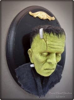 Halloween Trophies, Halloween Coffin, Halloween Displays, Halloween Doll, Halloween Ornaments, Halloween Signs, Cute Halloween, Halloween Masks, Halloween Arts And Crafts