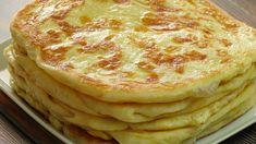 Jednoduché placky z múky a Acidka, ktoré všetci milujeme: Výborná náhrada pečiva, na grilovačku ich robím namiesto chleba! Make Naan Bread, How To Make Naan, Food To Make, Bread Recipes, Cooking Recipes, Bread Kitchen, Pakistani Dishes, Biscuit Bread, Easy Eat