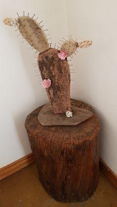 Wooden cactus Repurposed Wood Projects, Scrap Wood Crafts, Rustic Crafts, Diy Wood Projects, Diy And Crafts, Arts And Crafts, Cactus Craft, Cactus Decor, Cactus Cactus