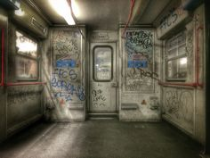 Dirty subway in Rome