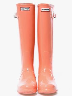 Peach Hunter Boots, I want!! Coral Boots, Cute Shoes, Me Too Shoes, Hunter Rain Boots, Models, Shoe Game, Crazy Shoes, Baskets, Womens Fashion