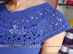 crochet circle neck with pattern T-shirt Au Crochet, Beau Crochet, Crochet Lace Collar, Crochet Fabric, Crochet Shirt, Crochet Woman, Crochet Stitches Patterns, Crochet Designs, Crochet Circles