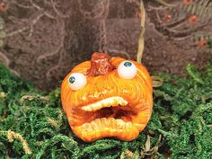 Miniature Halloween sculpture scared pumpkin 1:12 by PiccoliSpazi