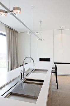 #architecture #interior design #kitchen #white #style #modern #contemporary #minimal #home decor #kitchen sinks