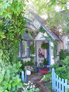 40 Best Ideas for the Cottage Garden to Get a Unique Look # - Tiny Garden Cottage Fairytale Cottage, Storybook Cottage, Garden Cottage, Romantic Cottage, Storybook Gardens, Storybook Homes, Style Cottage, White Cottage, Cozy Cottage