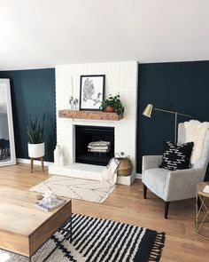 Walls Colors for Living Room Home Decor Wall Decorations Living Room Colors orange Teal Living Rooms, Accent Walls In Living Room, Living Room Green, Living Room With Fireplace, Living Room Colors, New Living Room, Living Room Designs, Living Room Decor, White Fireplace
