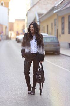 Haina de blana intr-o tinuta rock-chic | Sandra Bendre