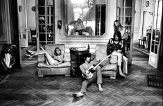 Keith ✈️ And the band exiles from England and shacked up at Villa Nellcôte, a 16-room mansion of the Belle Epoque that had previously been occupied by the local Gestapo during the Nazi occupation of France in the 1940s, by Dominique Tarlé. Above and below you can see the same room where Keith Richards and his entourage were once hanging out, in between the mirrored French doors. #TheRollingStones #KeithRichards #BrainJOnes #MickJagger #CharlieWatts #StonesIsm #CrosseyedHeart