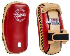 Free Style is the most advanced form of Muay Thai method of pad holding in Thailand. YOKKAO's New Vintage kicking pads are designed for Top level Muay Thai trainers. Mma, Martial Arts Equipment, Kickboxing, Muay Thai, Kicks, Workout, Free, Vintage, Style