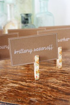 Wedding Escort Cards with Silhouette Sketch Pens | Brittany Sazonoff (BSaz Creates) for Silhouette America