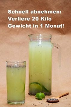 Schnell abnehmen: Verliere 20 Kilo Gewicht in 1 Monat! Combine these ingredients in a drink to lose unwanted pounds in no time. In addition, they give their immune system a decent boost. Detox Recipes, Healthy Recipes, Limeade Recipe, Water Fasting, Lose 20 Pounds, Detox Drinks, Fresco, How To Lose Weight Fast, Mexican Food Recipes