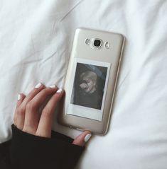 #jimin #bts #polaroid #bts Kpop Phone Cases, Diy Phone Case, Phone Cover, Polaroid Cases, Bts Polaroid, Korean Phones, Samsung Galaxy Phones, Aesthetic Phone Case, Wattpad