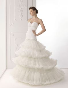 Alma Novia 2012 Bridal Collection + The dress of The Week - Belle the Magazine . The Wedding Blog For The Sophisticated Bride