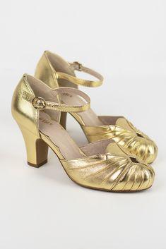 96eeacea3555 214 Best Vintage Style Shoes images in 2019