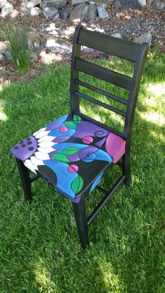 42 Outstanding Diy Painted Chair Designs Ideas To Try - Hand Painted Chairs, Whimsical Painted Furniture, Painted Stools, Hand Painted Furniture, Funky Furniture, Refurbished Furniture, Art Furniture, Upcycled Furniture, Furniture Projects