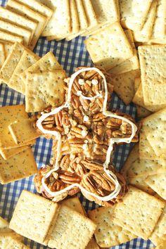 Gingerbread man cheese ball
