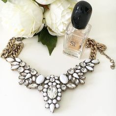 Beautiful white necklace Stunning white necklace from jcrew factory J. Crew Jewelry Necklaces
