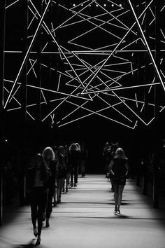 mysterious runway; Stage design; lines of light