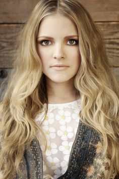 Sarah-Jeanne Labrosse Deep Conditioner, Jeanne, Ombre Color, Hairdresser, Marie, Curls, Actresses, Celebrities, Showgirls