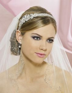 Wedding Veils And Headpieces For Short Hair