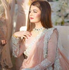 Pakistani pink bridal saree designs for weddings Pakistani Wedding Outfits, Pakistani Wedding Dresses, Pakistani Dress Design, Saree Wedding, Indian Dresses, Indian Designer Outfits, Designer Dresses, Beautiful Saree, Beautiful Dresses