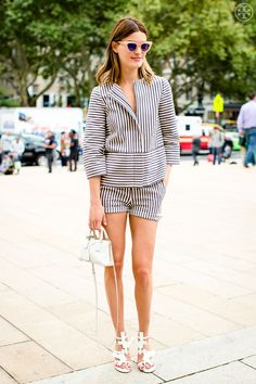 streetsofvogue: toryburch: D is for Double Impact Pair stripes. Edgy Summer Outfits, Edgy Summer Fashion, Trendy Outfits, Fall Outfits, Fashion For Petite Women, Womens Fashion For Work, Casual Chic, Matching Top And Skirt, Skirt Fashion