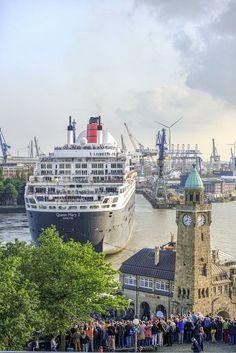 besondere Momente im Hafen: http://www.bilderwerk-hamburg.de/category/hamburg-motive/hamburg-hafen/ #hamburg #WeloveHH #HamburgHafen #HamburgBilder