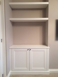 Alcove cupboard with floating shelves - for our nook? cupboard up to half wall then floating shelves? Living Room Alcove Shelving Ideas, Living Room Cupboards, Alcove Bookshelves, Bookcases, Alcove Cupboards, Cupboard Shelves, Kitchen Shelves, Built In Tv Cabinet, Desk Cabinet