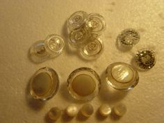 small collection of glassacrylic & pearl  by alomartesantiques