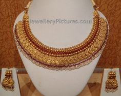 short length kasulaperu design come in light weight. Jewelry Design Earrings, Gold Jewellery Design, Necklace Designs, Gold Temple Jewellery, Gold Jewelry, Jewelry Sets, Jewelry Making, Handmade Jewelry Designs, Handmade Jewellery