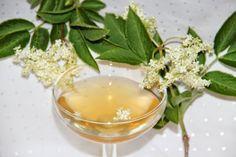 Godt og Sunt: Blomstersaft-sirup av Svarthyll Blomster
